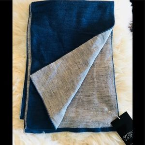 Other - 🧣blue gray both sides scarf NWT 60 x 10 wool